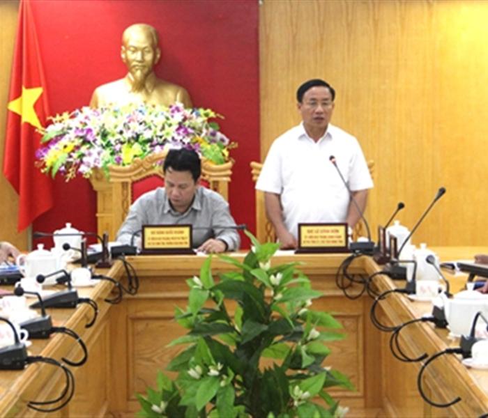 Khắc hoạ rõ Nguyễn Công Trứ trong vai trò một tướng công, nhà thơ, nhà chiến lược